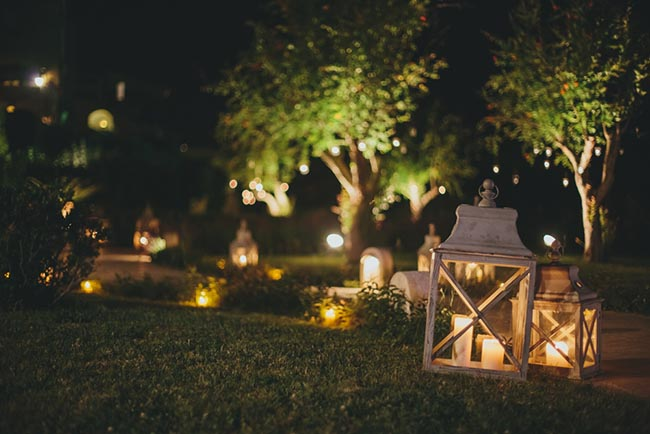 Iluminaci n del jard n la magia de la luz blog verdecora for Luces de exterior para jardin