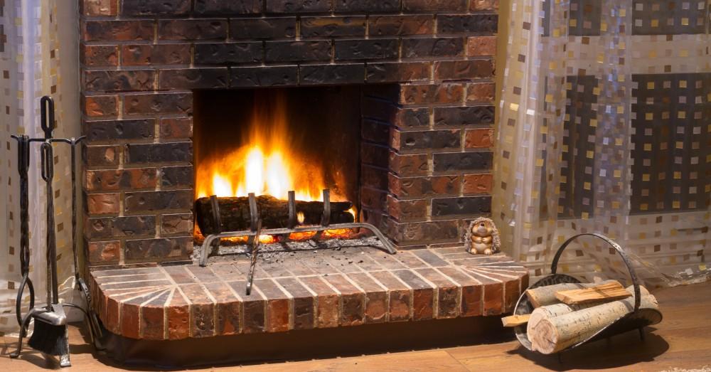 C mo elegir los accesorios para la chimenea blog verdecora - Como colocar una chimenea de lena ...