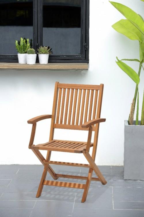 Cuidados de los muebles de jard n de madera blog verdecora for Muebles para jardin de madera