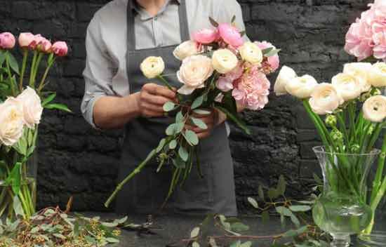 5 trucos para saber cómo conservar un ramo de flores
