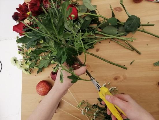 Centro de rosas naturales para decorar San Valentín