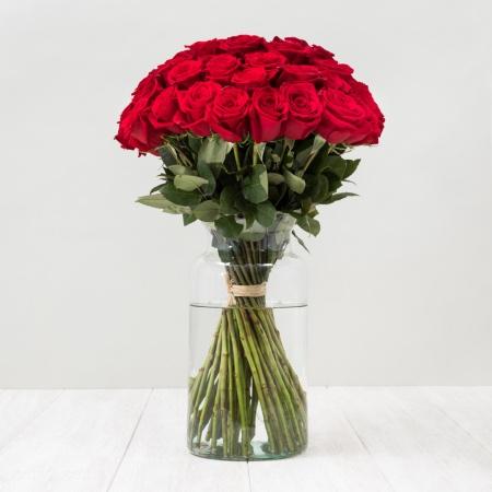 Ramo de rosas rojas, ideas para regalar en San Valentín